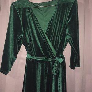 Dresses & Skirts - DARK ✅✅✅GREEN EMERALD VELVET dress